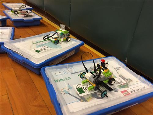 Lego Robotics at Explorer